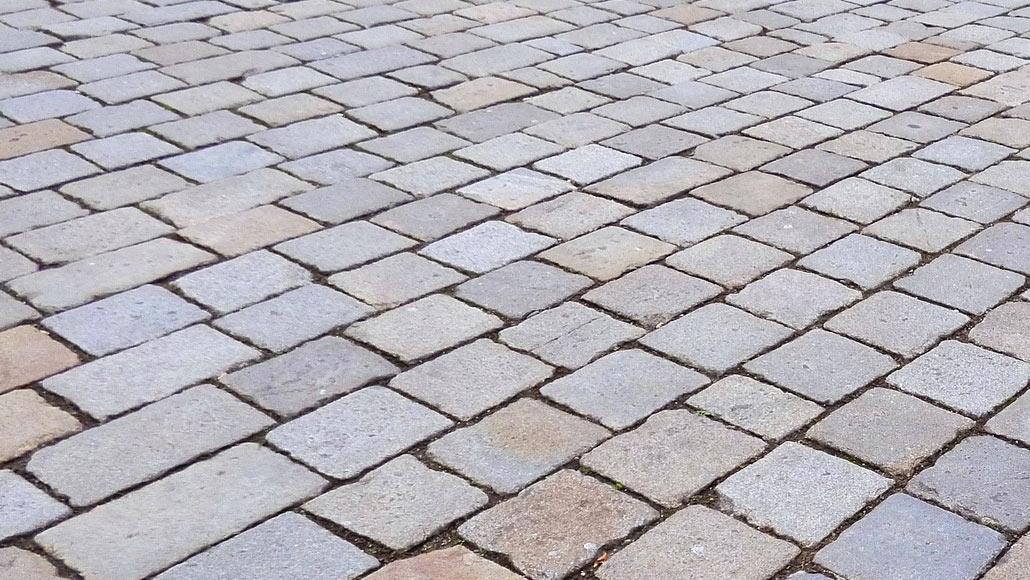 5 Ways With Bricks, Cobbles & Pavers