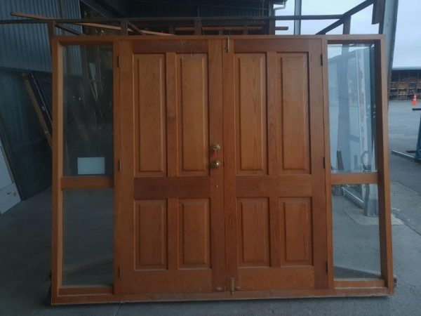 20200612-89241_cedar_french_doors_with_sidelight_int_002_-2.jpg