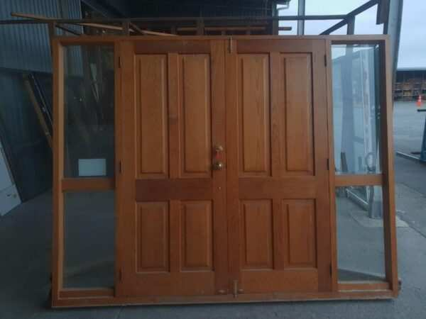 20200612-89241_cedar_french_doors_with_sidelight_int_002_.jpg