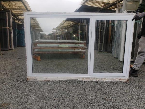 20200731-89753 White DG window B ext (002)