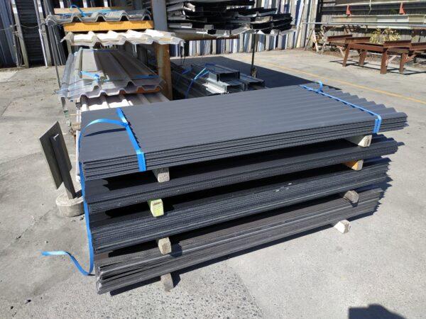 34895 Ebony 760 Cover Corrugated Iron
