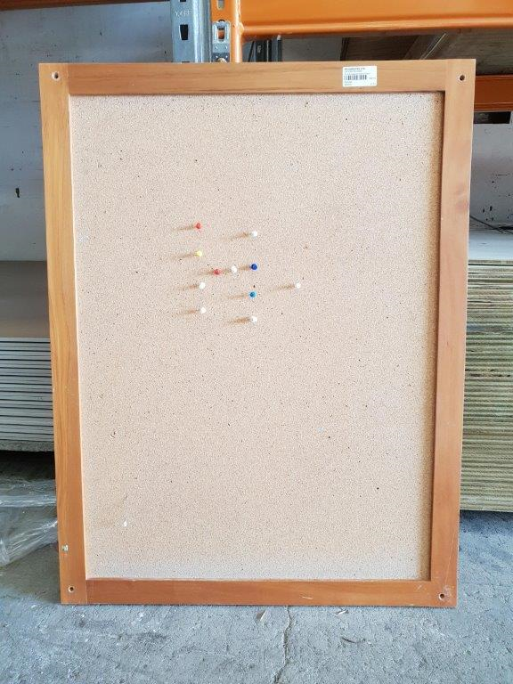 Rimu Pin Board Frontside Portrait 90441