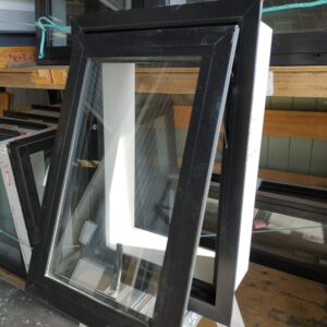 84933 Ebony Window New Open