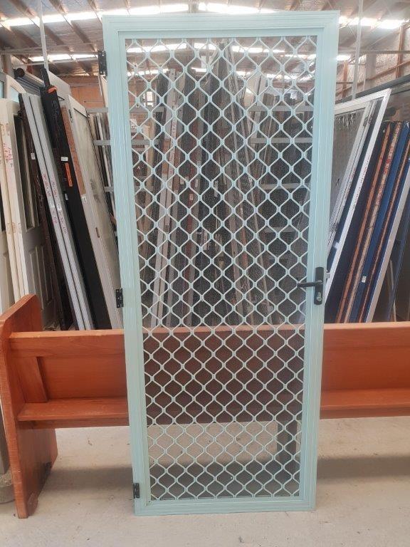 87535 Security Door Mist Green ext
