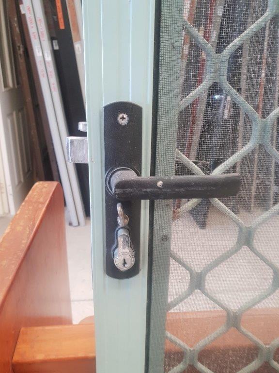 87535 Security Door Mist Green int lock close up