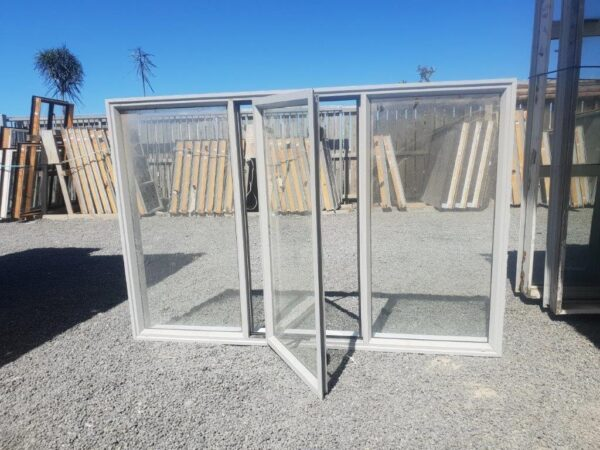 91361 Sandstone window ext opened