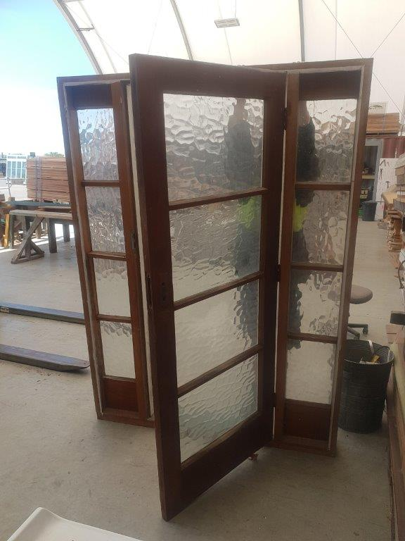 91868 Door with sidelight int opened