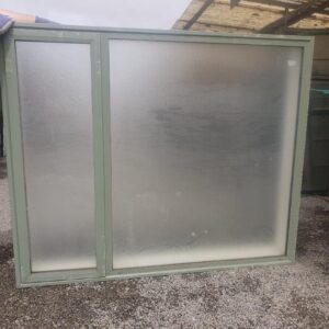 39918 Green DG Frosted Window ext