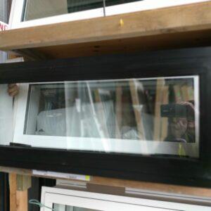 91829 900×380 Ebony Window ClosedFront View