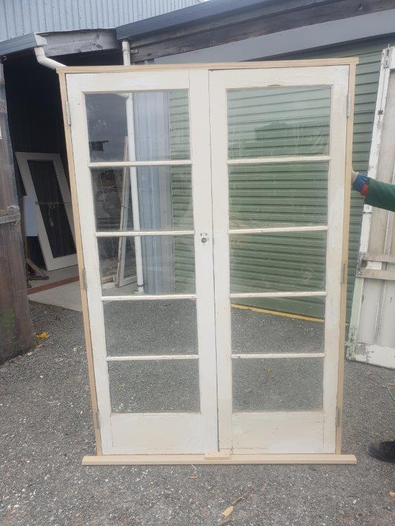91886 5 Pane French Doors ext