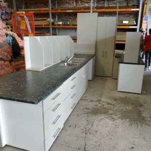 92968-Fawn Gully Kitchen with Island