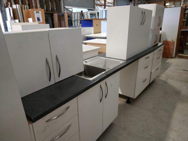 93546 Complete Kitchen
