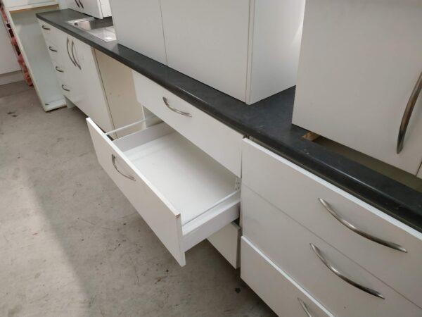93546 Kitchen drawer open