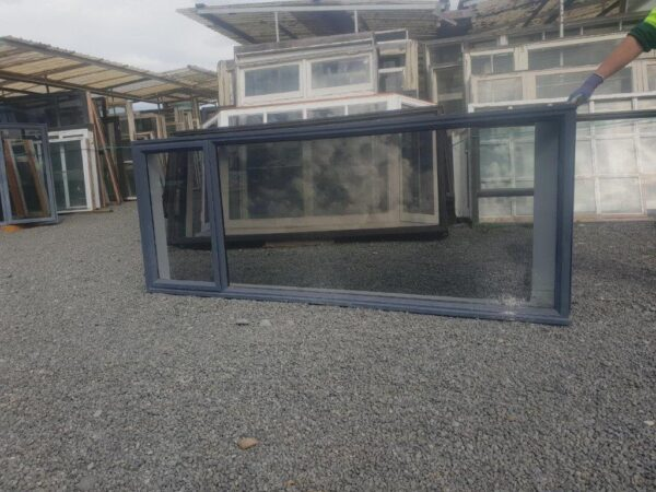 93657 Denim Blue Single Glazed Corner Window ext front view