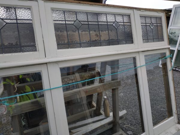 94480-Wooden Window Leadlight