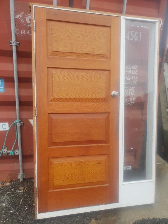 96279 Cedar 4 Panel Door with Sidelight int